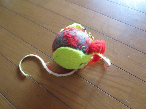 壊されたボール