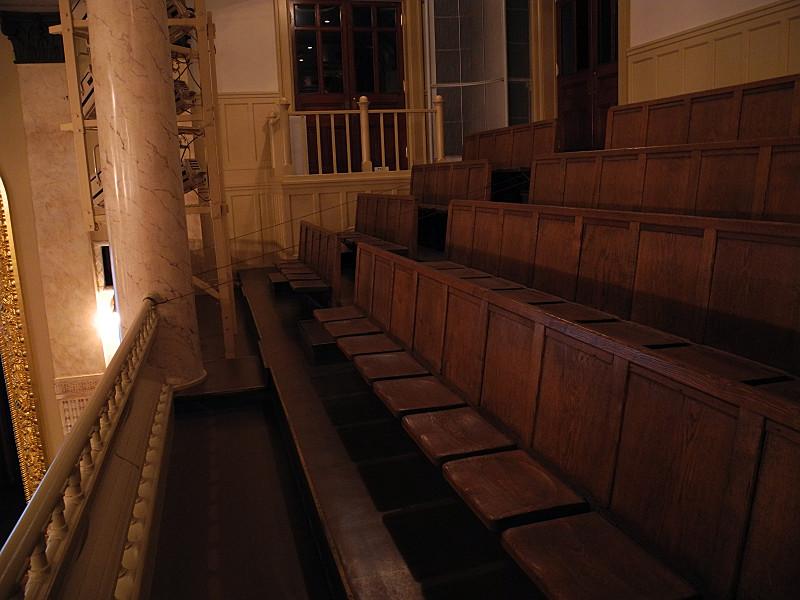 オリジナルの座席