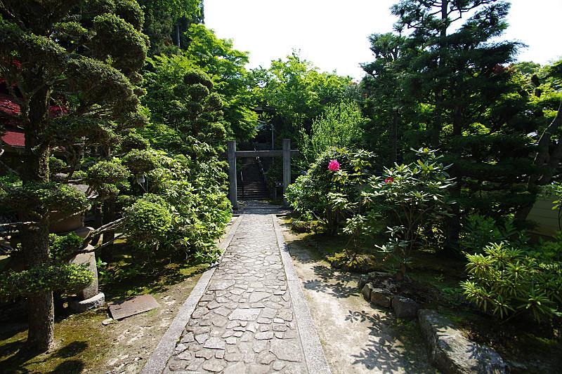 播州清水寺・素朴な門