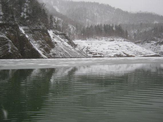 0503ダム湖04
