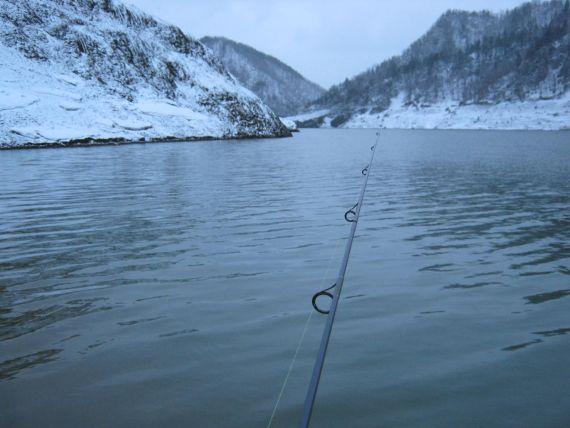0503ダム湖02