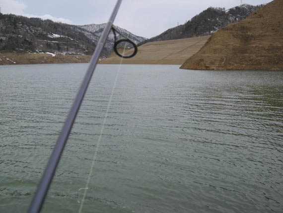 0511ダム湖05