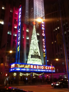 Manhattan Radio City Music Hallです