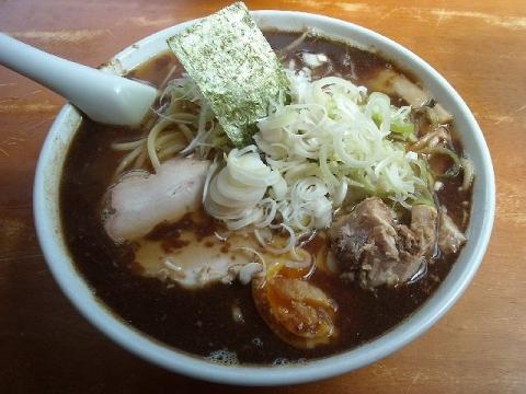 陣丸・節醤油ラーメン