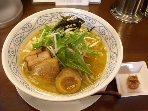 青桐・鶏骨醤油ラーメン