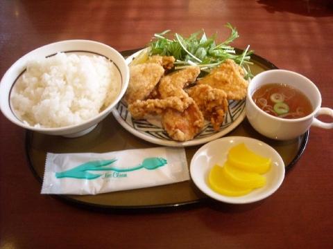 さんぽう亭・若鶏の唐揚げ定食
