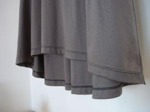 イレギュラーヘム 裾