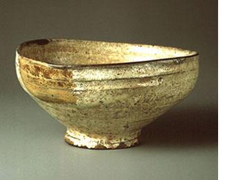 粉引酢次茶碗 銘 呉竹 朝鮮(李朝)時代・15-16世紀