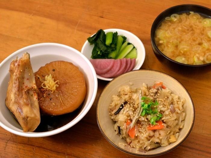 ぶり大根・納豆汁・炊き込み