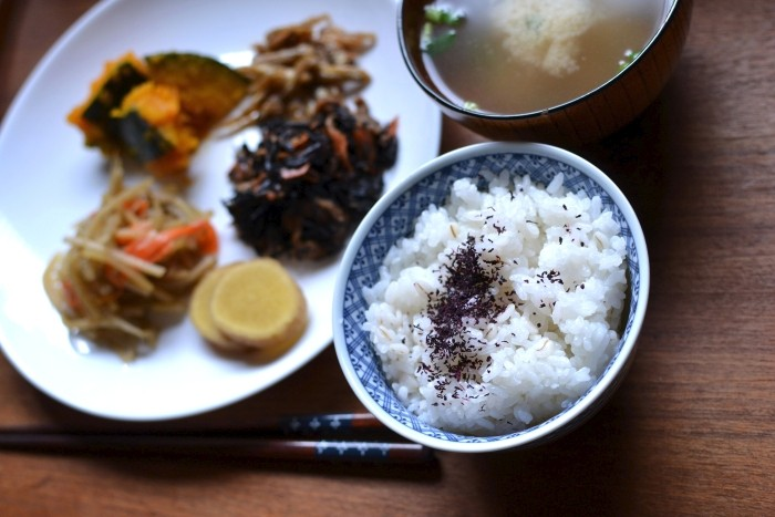 惣菜朝ごはん