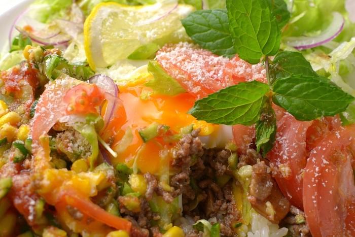 野菜いっぱいタコライス