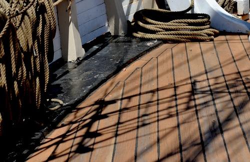 Pilgrim 30 甲板