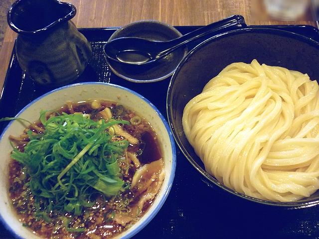 豚バラ肉と土ごぼうのつけ麺