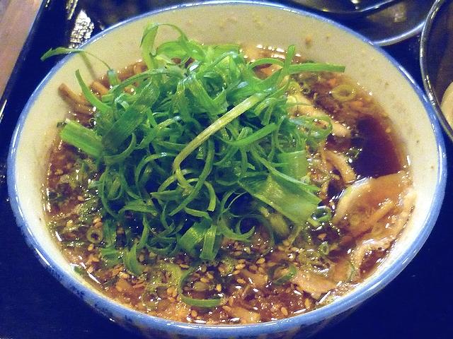 豚バラ肉と土ごぼうのつけ麺のつけ汁