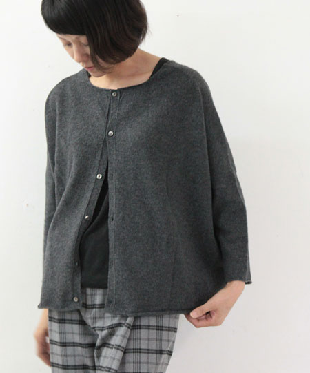 evameva / エヴァムエヴァ wool dropped shoulder pullover