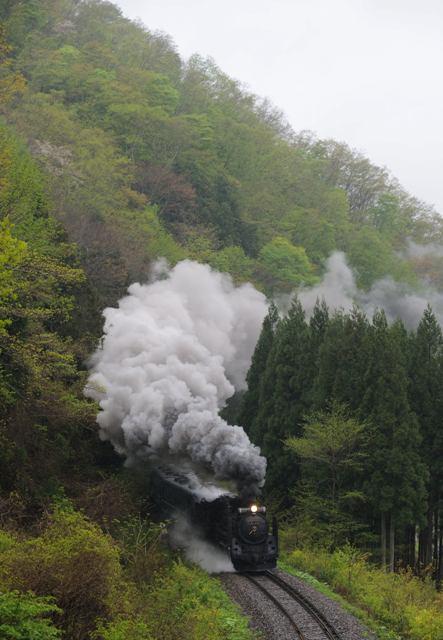 釜石線 D51498 佐生田トンネル