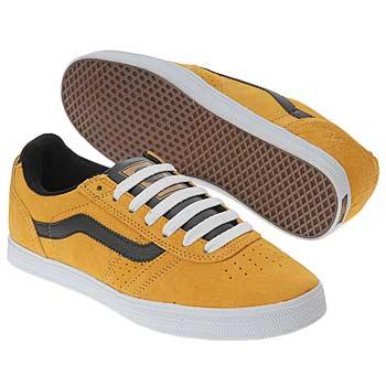 shoes_iaec1008586.jpg