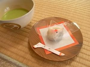 おめでたい鶴のお菓子