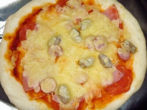 ピザ・アリオの「ミートグルメ」 ビフォー