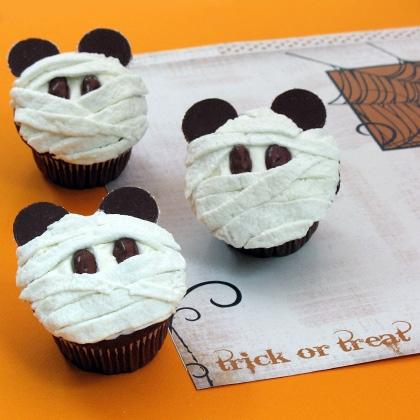 mickey-mummy-cupcakes-recipe-photo-420x420-clittlefield-C.jpg