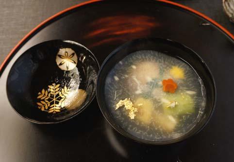 20130129 菊の井4 お椀 17cmDSC00763