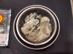 牡蠣のアヒージョ02