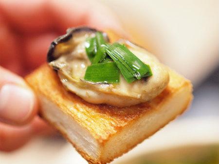 牡蠣のアヒージョa11