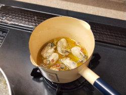 牡蠣のペペロンチーノ風04