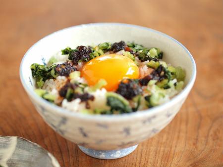 海苔ラー油野沢菜卵かけa03
