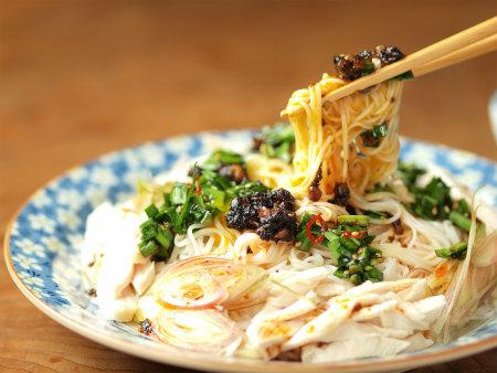 海苔ラー油ニラ素麺66