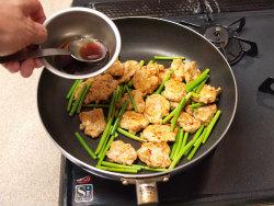 にんにくの芽と鶏胸の牡蠣油13