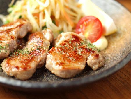 豚ヒレ肉照り焼き、塩焼26