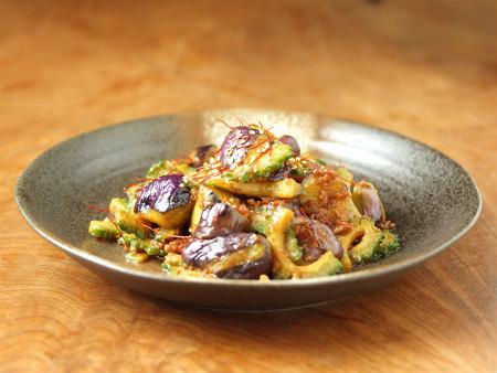 ゴーヤーと茄子の肉味噌炒め26