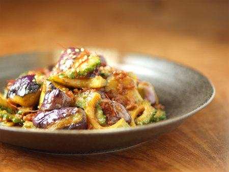ゴーヤーと茄子の肉味噌炒め19