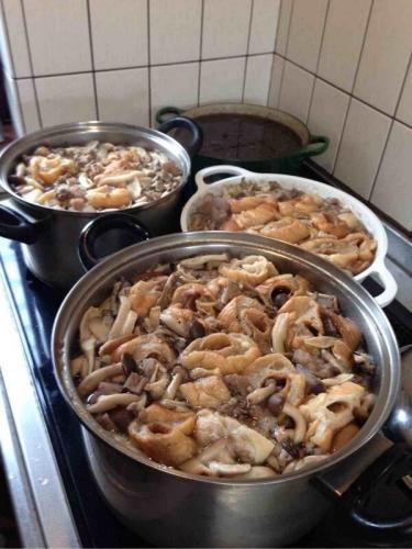 大量の芋煮