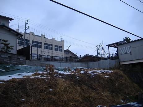 寺尾駅駐輪場20130113