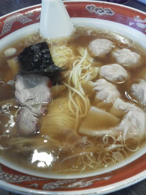 かづ屋のワンタン麺