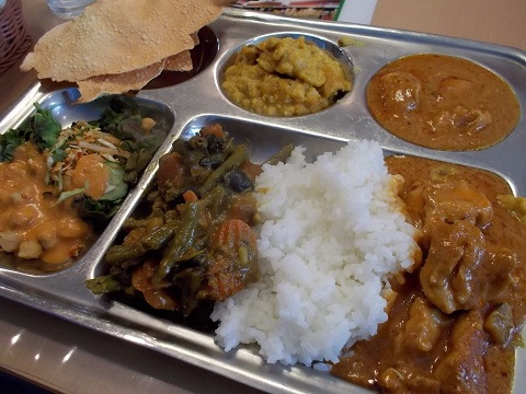 インド料理屋のランチビュッフェ
