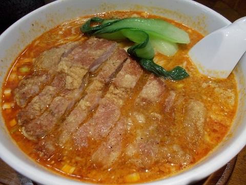 亜寿加の排骨担々麺