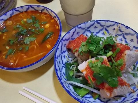 トムヤムスープと角煮