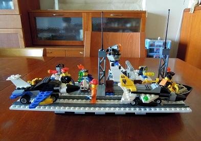 LEGO空母_サイドビュー