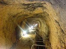 エウパリノス・水道トンネル