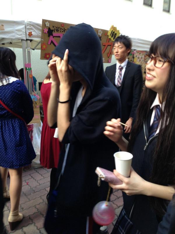 佐々木彩夏の彼氏との熱愛画像