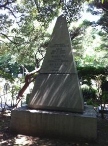 外人墓地12