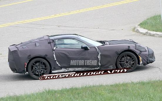 2014-Chevrolet-Corvette-C7-prototype-side-view-1024x640.jpg