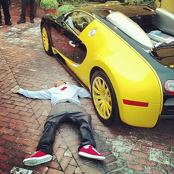 rapper-the-game-shows-off-new-bugatti-veyron-medium_1.jpg