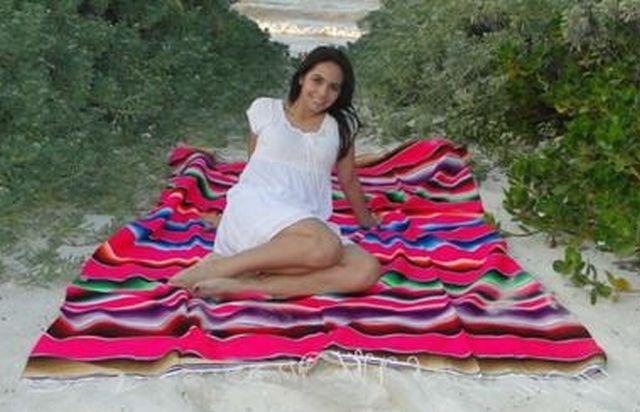 woman-on-mexican-serapes640x412.jpg
