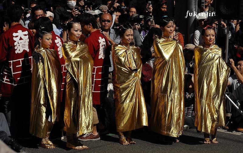 金粉ショーin名古屋大須 2012年 (1)のコピー