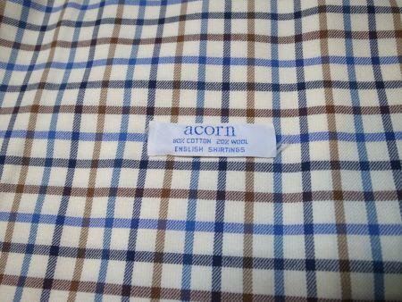 acornのコットン80%ウール20%のシャツ生地