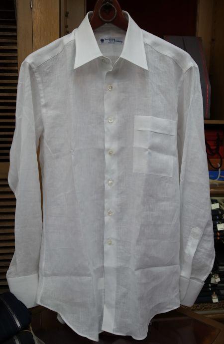 ブレンバーナの麻の白無地シャツ